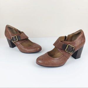 CLARKS Indigo Town Club Leather Mary Jane Heels